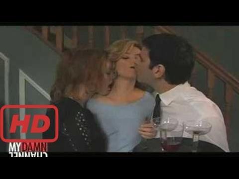 julianne hough Alicia Witt kisses Elizabeth Banks Wainy Days