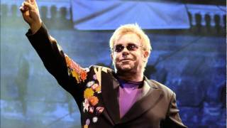 #7 - Ballad Of The Boy In The Red Shoes - Elton John - Live SOLO in Naples 2009