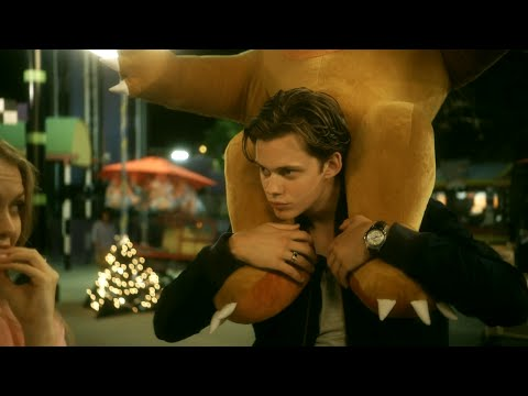Hemlock Grove  s01e01 Roman & Letha in the amusement park