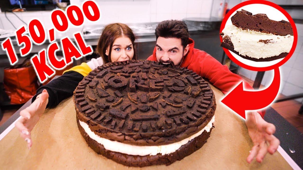 największe-oreo-na-świecie-150-000-kcal