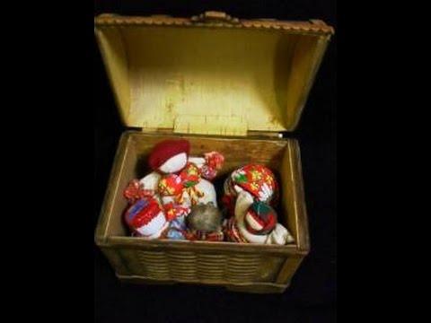 Столбушка - матушкина куколка из сказки про Василису