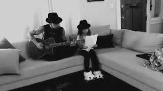 dave navarro and his goddaughter lola performing janes addiction song ocean size