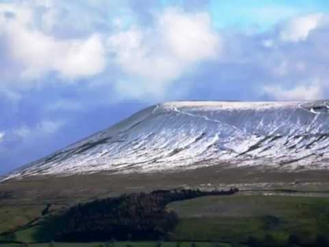 Old Pendle by Eileen Quinn