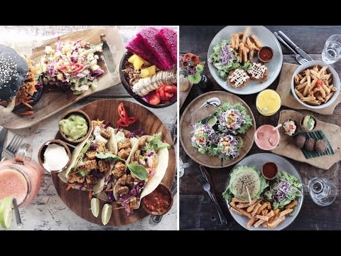 FAVOURITE VEGAN CAFES IN BALI // watch us eat a lot of food!