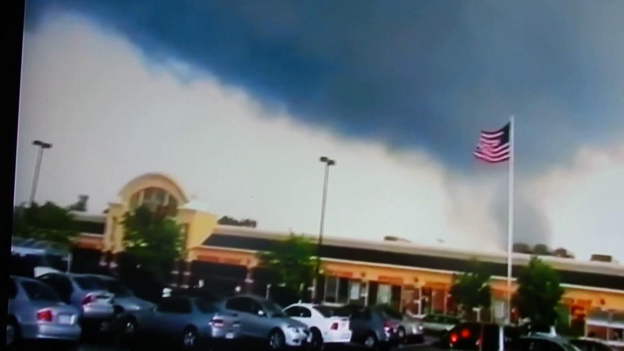 how to get prepared for a tornado