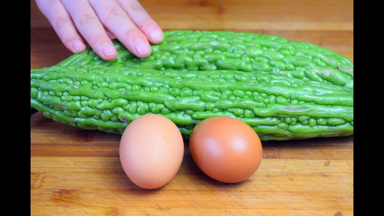 苦瓜吃了30年,这做法第一次见,加2个鸡蛋,上桌就抢光!
