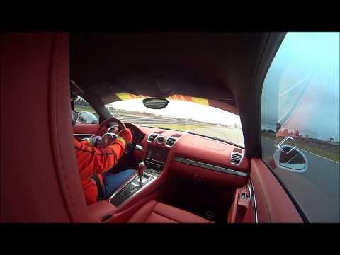 Porsche driving school curitiba 2014