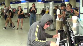 Hoody Calms Stressed Crowd With Pulsating Piano thumbnail