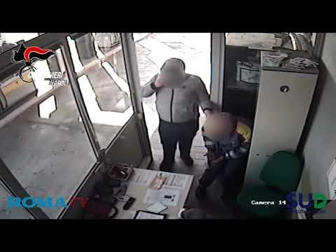 Napoli: rapina al distributore in tangenziale, arrestati 3 uomini