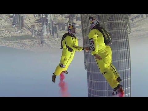 Watch world record BASE jump from Dubai