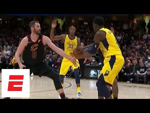 Kevin Love goes to the bench with fourth-quarter thumb injury | ESPN