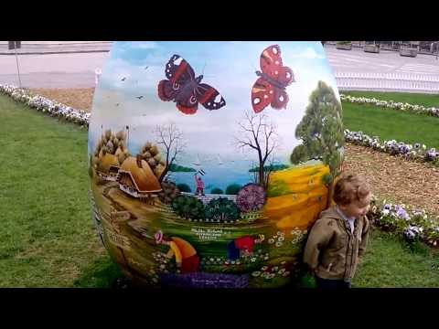 Easter in Zagreb Part 1 / Balkans Travel Vlog #14 / Two And A Half Travel