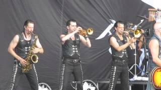 Download Festival 2014 - The Bosshoss - BullPower