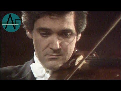 Pinchas Zukerman & Marc Neikrug: Franz Schubert - Sonatina Opus 137 No. 1