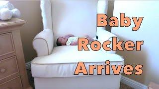 Baby Rocker Arrives :: 10-28-2014