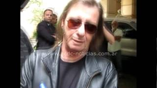 AC/DC Live At River Plate : Angus & Malcolm Young, Brian Johnson, Cliff Williams & Phil Rudd