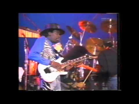 The Crunch feat. Eddie Hazel - Red Hot Momma