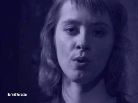 Suzanne Vega - Tom's Diner (Original Version - HD 720p) indir