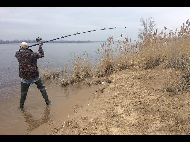 Весна рыбалка на донку