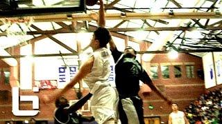 Kobe paras posterizes defender on a baseline drive!!