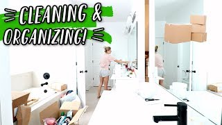 In today's vlog Aspyn's unboxes some new home decor, then we put to...