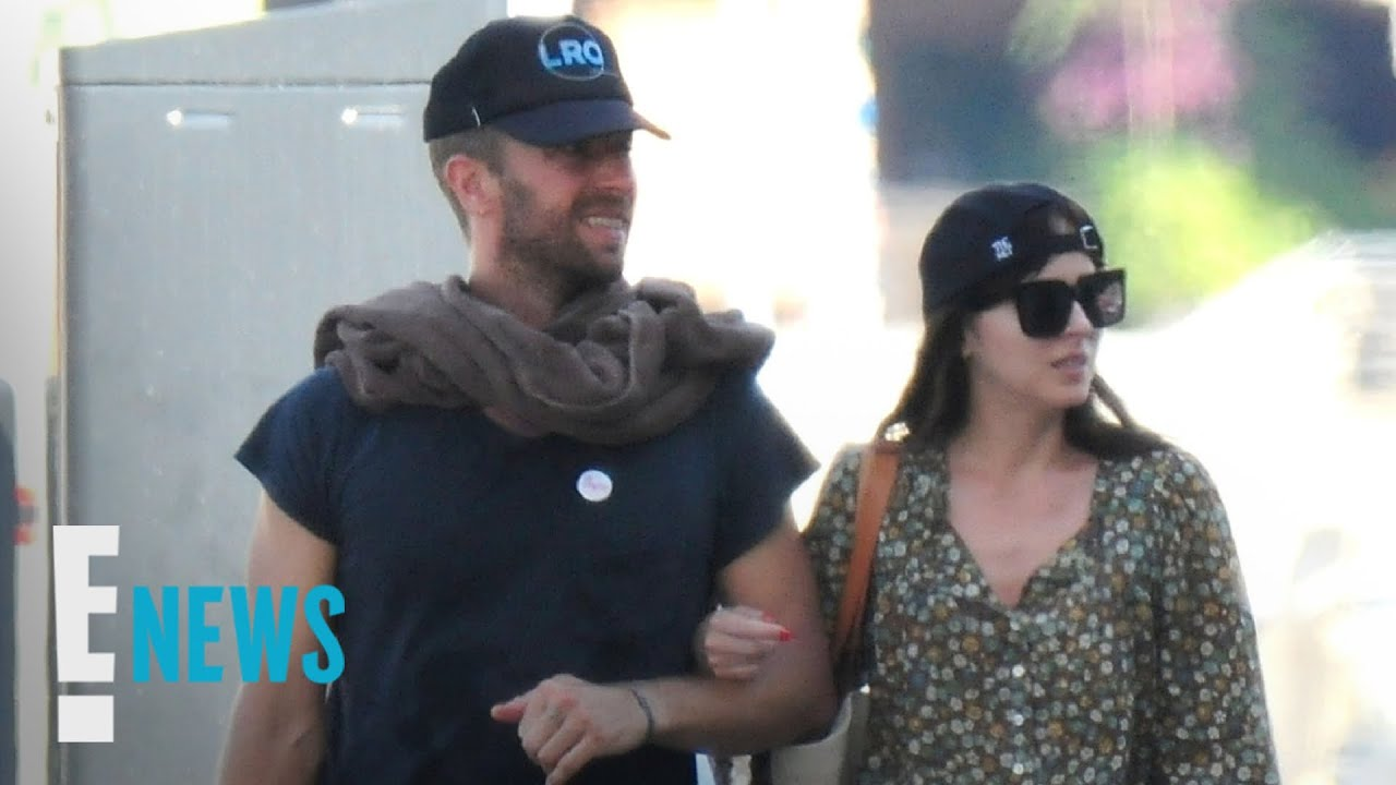 Dakota Johnson and Chris Martin Vacation in Spain | E! News