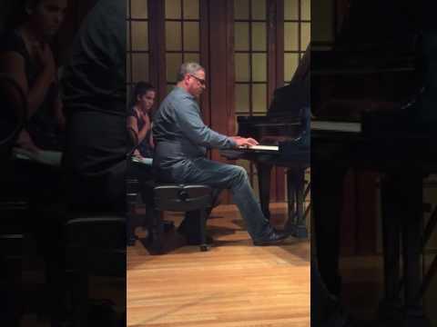 "Richard Knight playing Beethoven's ""Moonlight Sonata"""