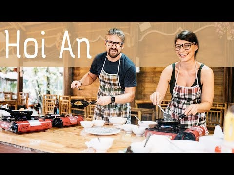 Hoi An, Vietnam: Cooking Class in the City of Lanterns (2018) / S04E02
