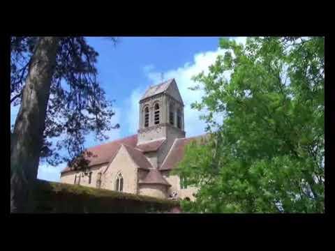 Fresnay-sur-Sarthe, Saint-Ceneri-le-Gerei,Chateau de Carrouges
