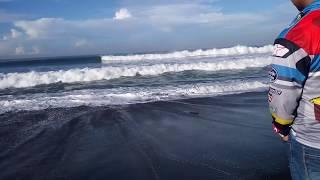 Download Video ombak pantai selatan ( segoro kidul ) MP3 3GP MP4