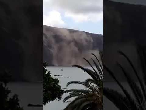 Desprendimiento de parte del risco de Valle Gran Rey (La Gomera)