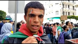 شاهد | رسالة شاب للنظام الجزائري وهتافات الطلبة في شوارع العاصمة