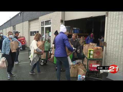 the-giving-plate-food-drive-a-big-success