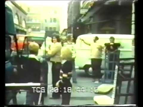 Life in Covent Garden fruit and veggie market Documentary (1972)