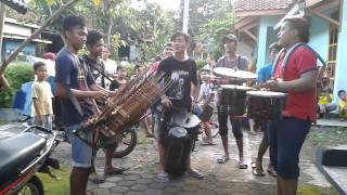 Traditional Music in Indonesia Hanoman / Anoman Obong - Kentongan in Ledug Village Banyumas Regency