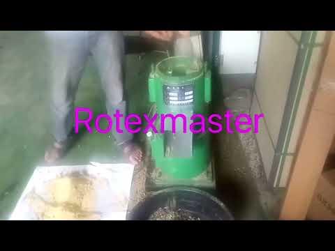 Chicken feed pellet machine