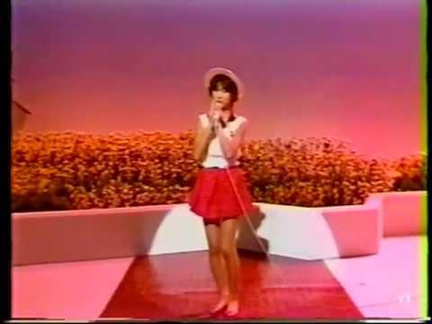 일본인가수 Yoko Ishino (石野陽子) - Ame no Chapel Dori [stereo] 1985