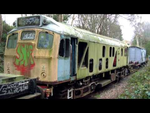 25244 (D7594) Kent & East Sussex Railway Abandoned ? or waiting restoration for 10 years