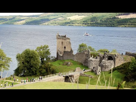 Loch Ness Cruise with Urquhart Castle and Loch Ness Centre from Inverness, Scotland
