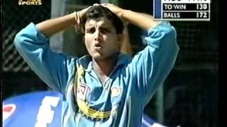 Mark Waugh 133* vs India 2001 Pune