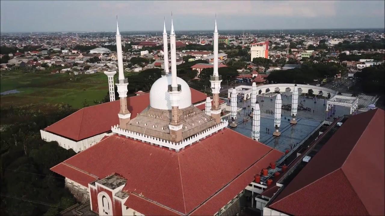 Majt Masjid Agung Jawa Tengah Semarang Drone Footage Theme