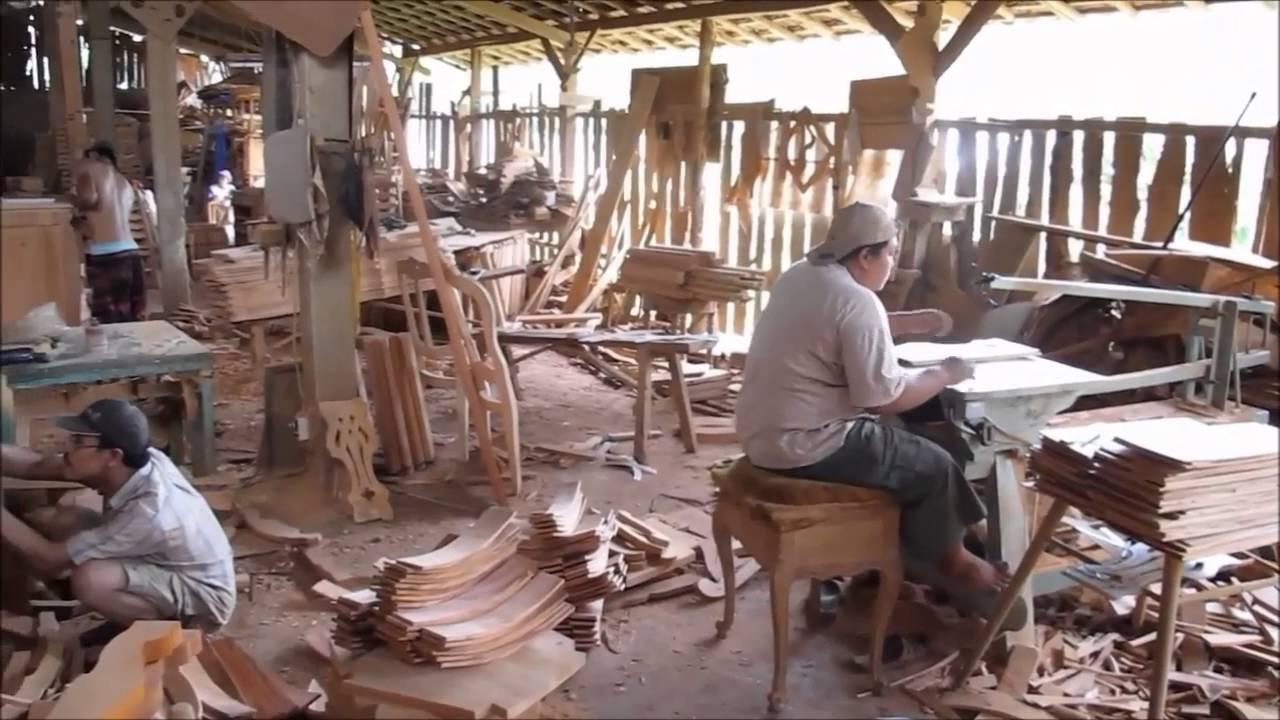Proses Produksi Central Djava Furniture Jepara Pengrajin