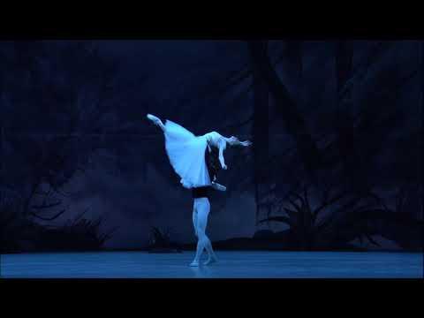 GISELLE - Bolshoi Ballet in Cinema - Svetlana Zakharova and Sergei Polunin