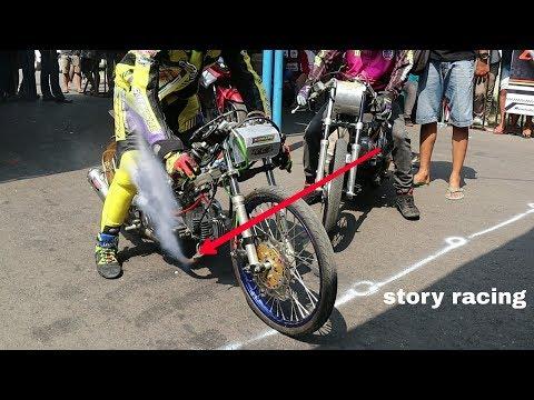 Keren, Motornya Alvan Cebonk Berasap Mesin Bawahnya Drag Bike Higam Madiun