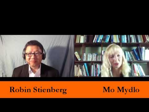 Mo Mydlo with Robin Stienberg, National Critics Choice