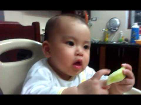 Khoi - eating cucumber :D 16032013