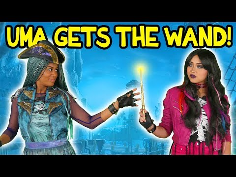 Uma Gets the Wand from Lonnie Descendants 2. Totally TV