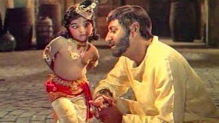 Bachchey Men Hai Bhagwan - Full Song - Nanha Farishta