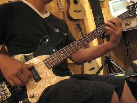 Ibanez TR Expressionst Bass - YouTube