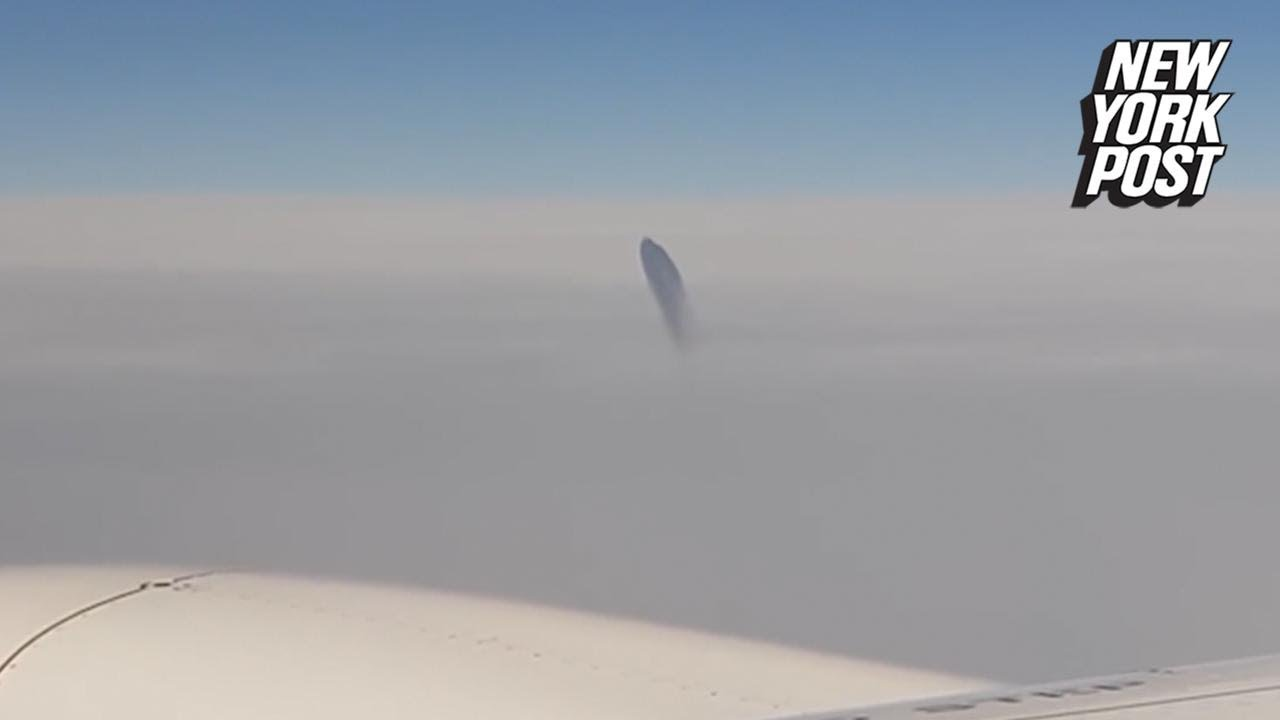 Bizarre Midair UFO Sighting Freaks Out Plane Passengers | New York Post